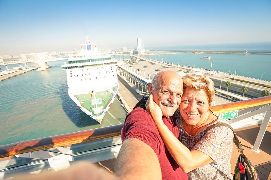 Best Travel Medical Insurance for Seniors | Meyers Glaros